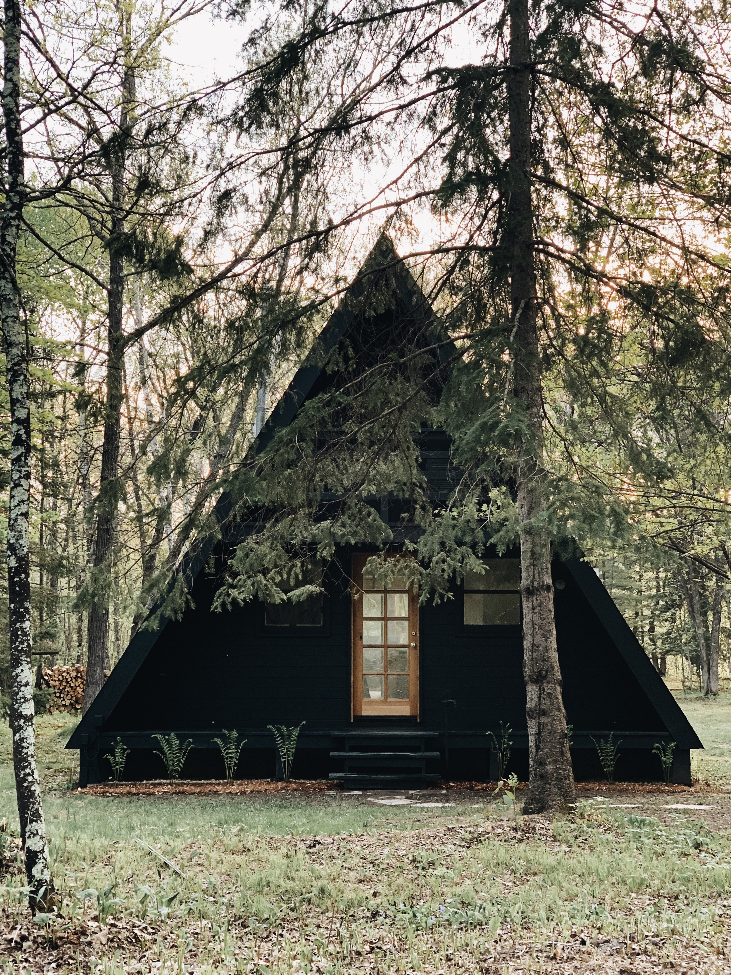 """""""LET'S HEAD NORTH, HONEY BUNS."""" - An escape to the Minnesota woods now booking on Airbnb."""