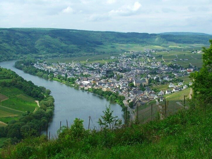 The Mosel river near the village of Kröv