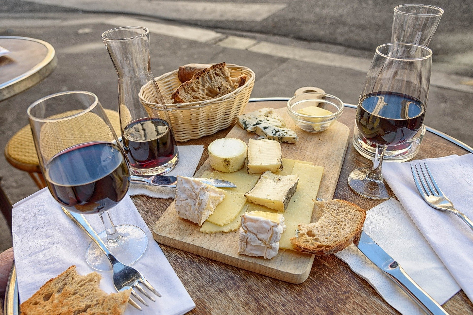 How to pair food and wine: a few basic tips to always have in mind