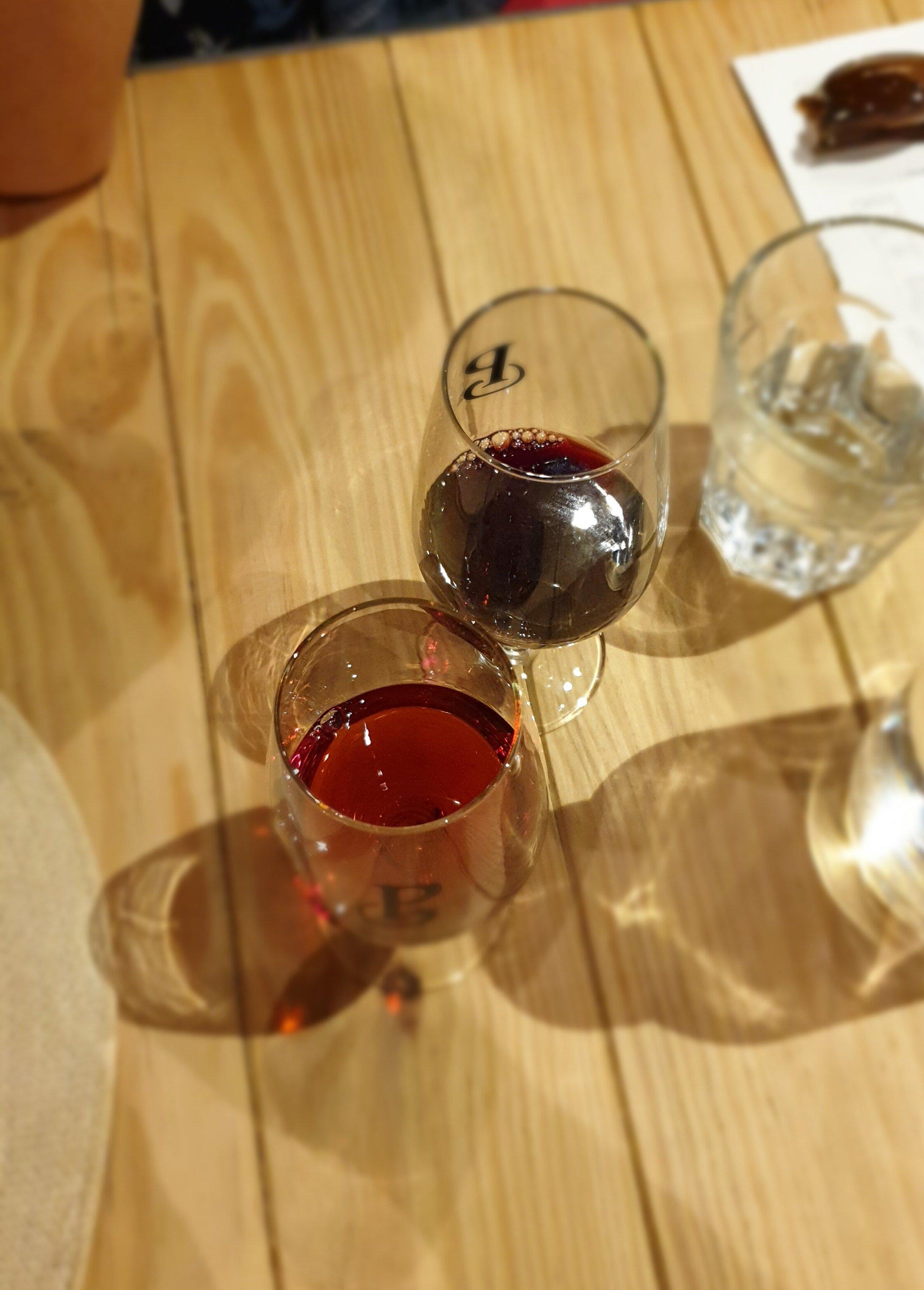 Port tasting in Vila Nova de Gaia-based wineries is always delicious!  (photo: Breno Salvador)