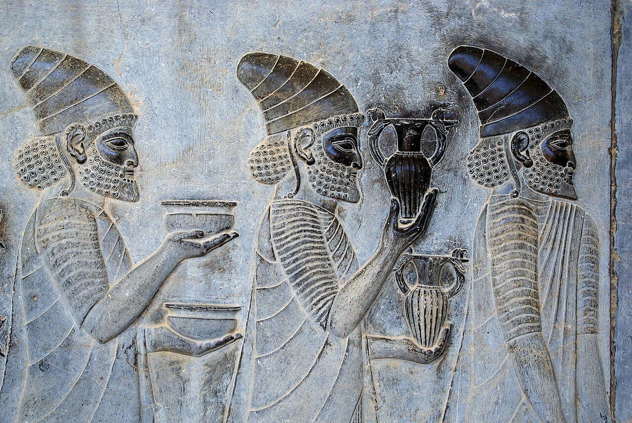 In Apadana Palace, Persepolis (Iran), a depiction of Armenian ambassadors bringing wine to the Persian Emperor - Phillip Maiwald (Nikopol), Wikimedia Commons
