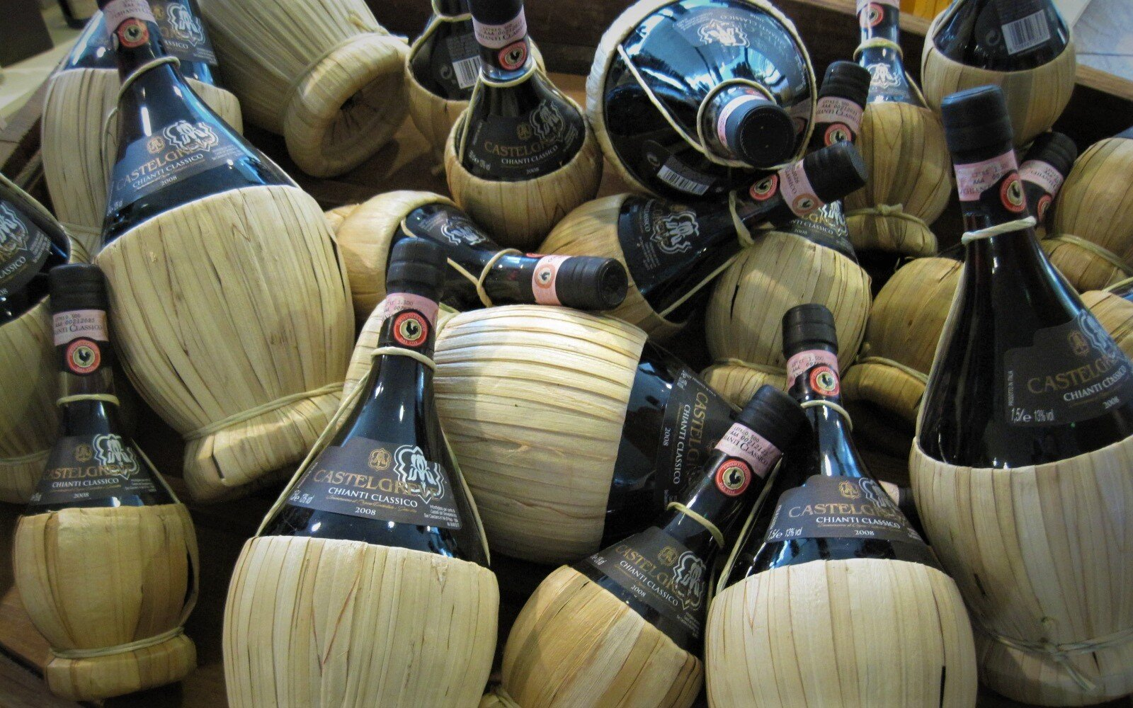 A virtual trip to Tuscany and its greatest wines - from classics to Super Tuscans to whites