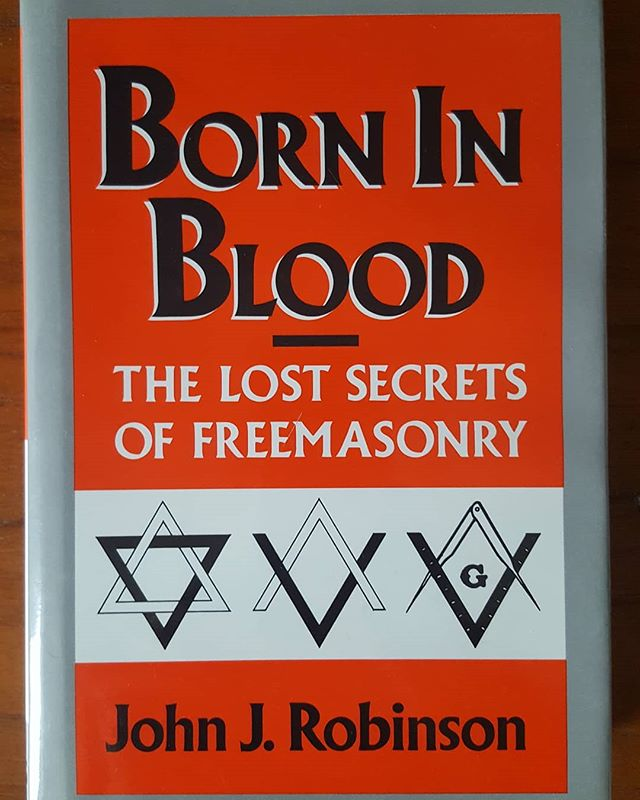 Research for my next article on Free Mason symbolism... July 4th in Philadelphia was the perfect reminder of our founders involvement in Free Masonry. I can't wait to explore Philly's free masonry imagery but until then... books will do.  #july4th #independenceday #freemason #freemasonry #foundingfathers #johnrobinson #symbols #philadelphia #borninblood #bookstagram #books #research #semiotics