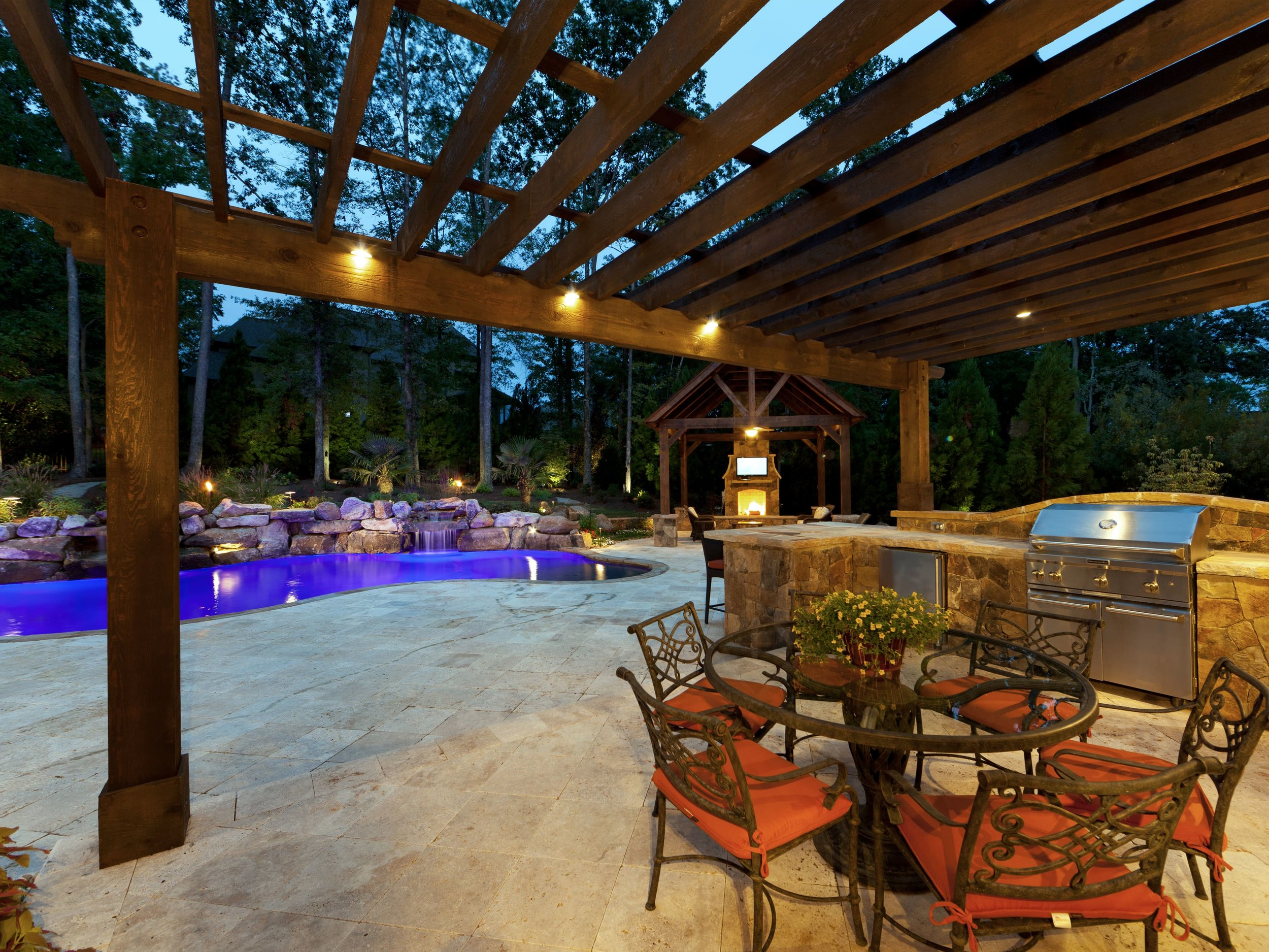 OUTDOOR LIVING - If you can dream it, we can design and build it. Are you unsure of where to begin? Let us help you design the space and bring your vision to life – together we can make it spectacular.