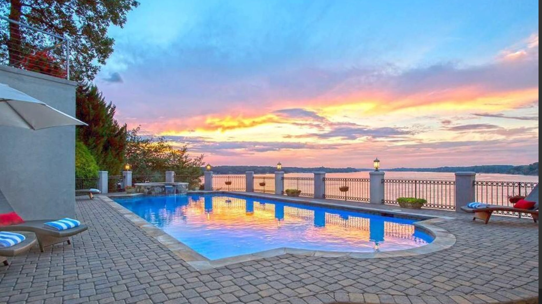Stunning view of Lake Wylie from the pool.