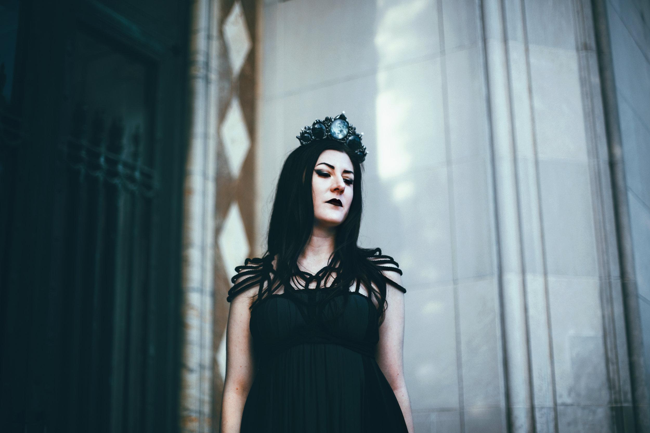 Lindsay • 12-DarkEdit.jpg