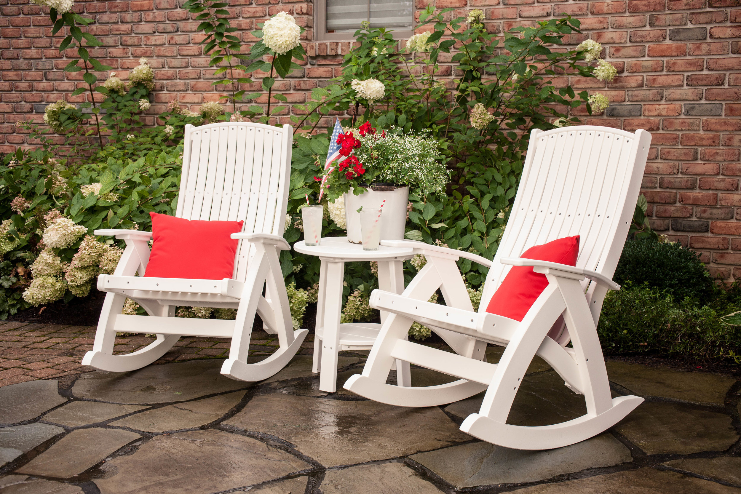 Poly Comfort Rockers (White).jpg