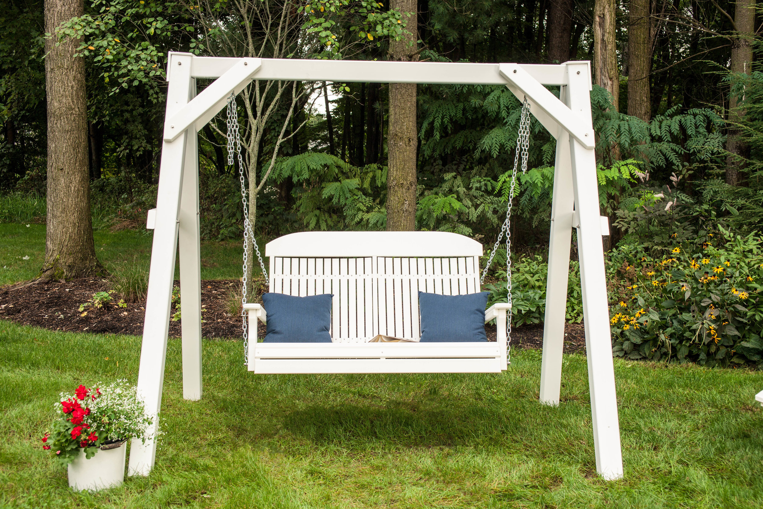 4_ Classic Poly Swing (White).jpg
