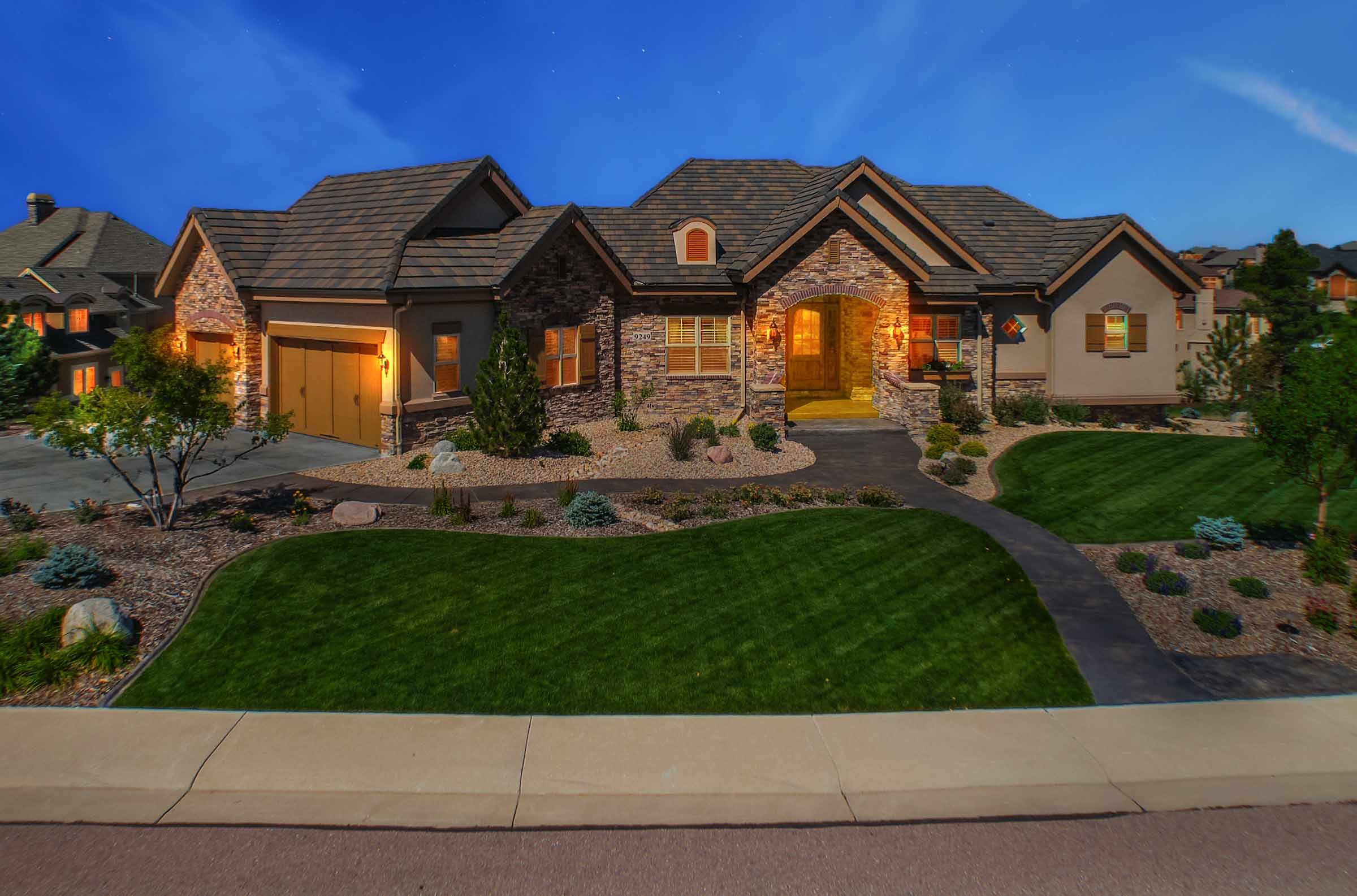 Castle Rock Colorado Modern Custom Home.jpg