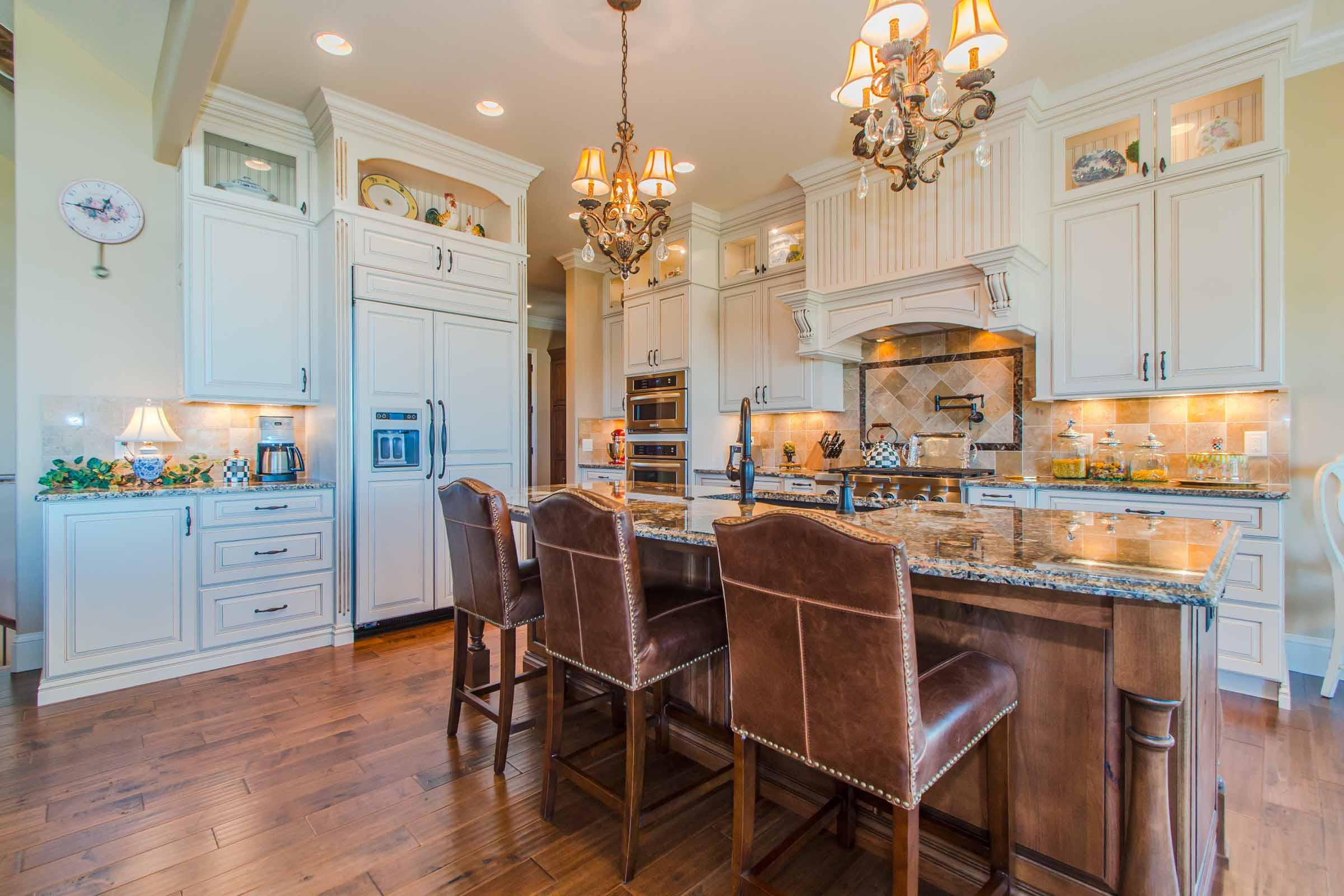 Luxury Custom Gourmet Kitchen Denver Colorado.jpg