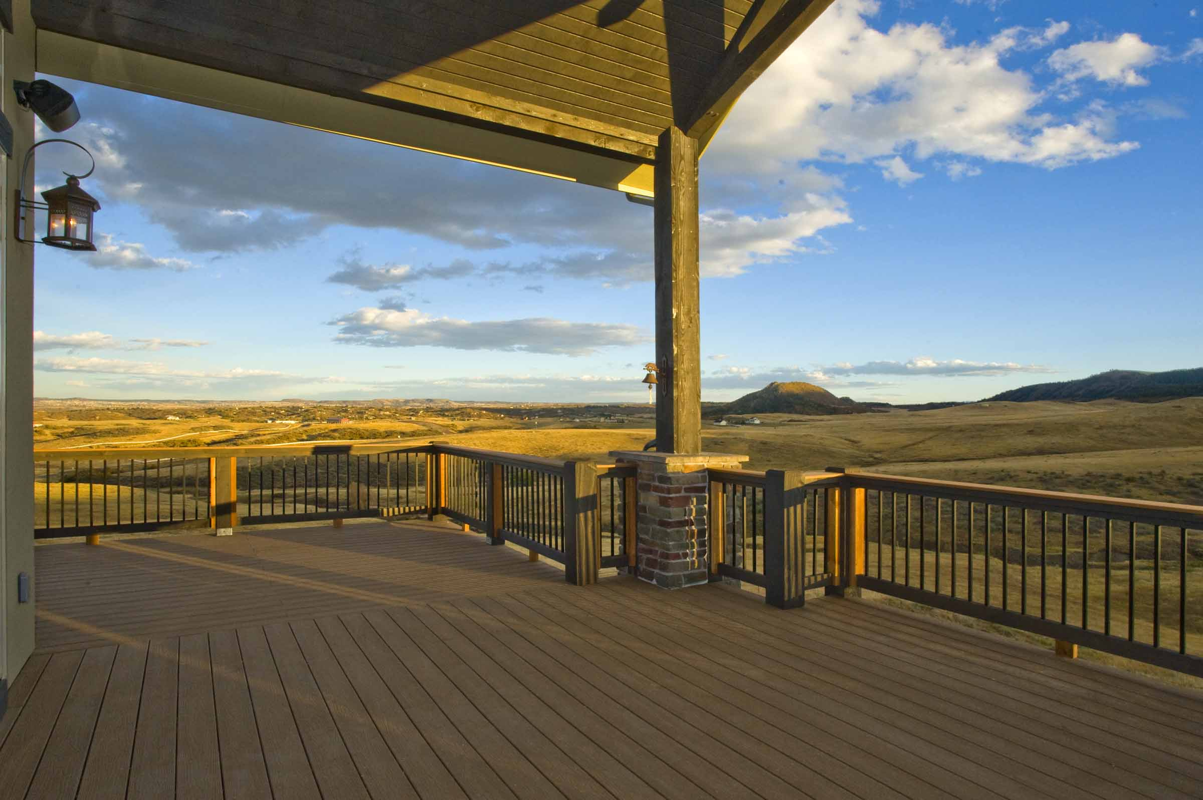 Sedalia Colorado Custom Home Deck.jpg