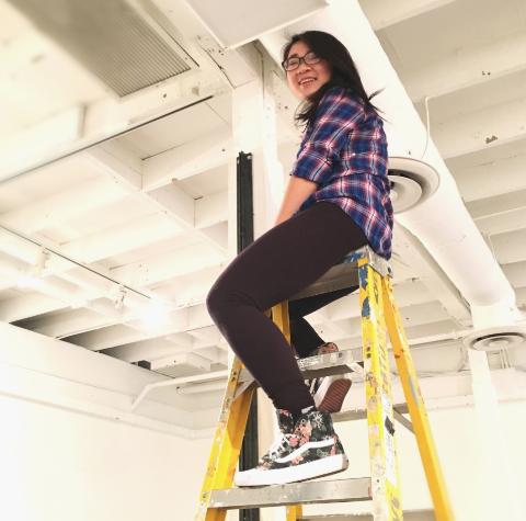 Bonnie Huang,  Artist, Intern