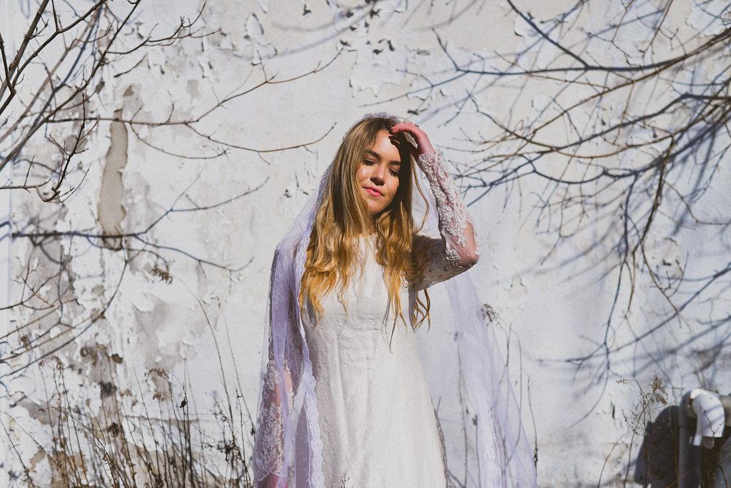 KATIE | WINTER BRIDE