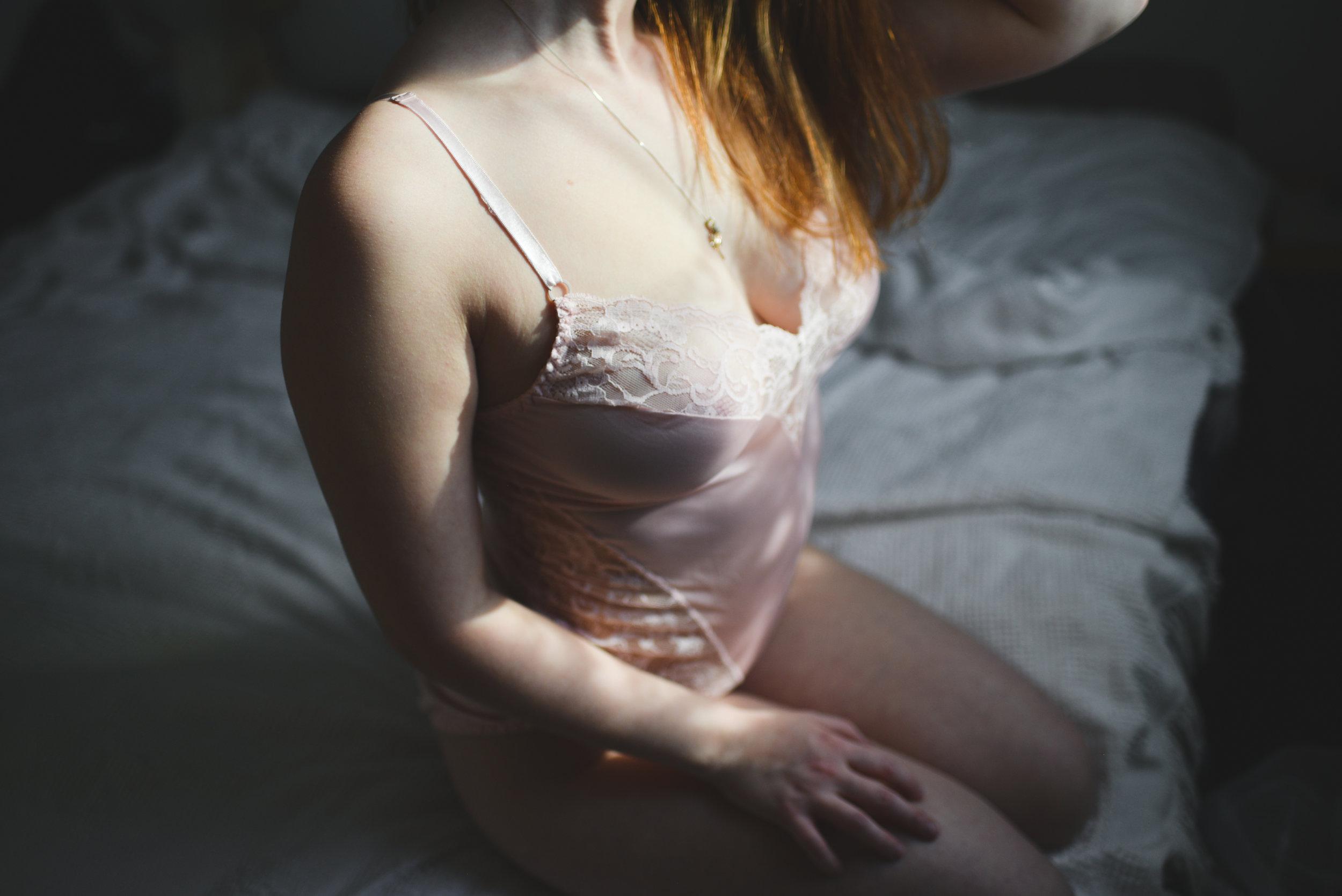 Brittany Boudoir -6822.jpg