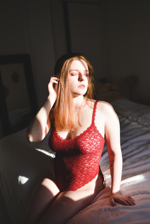 Brittany Boudoir -7500.jpg