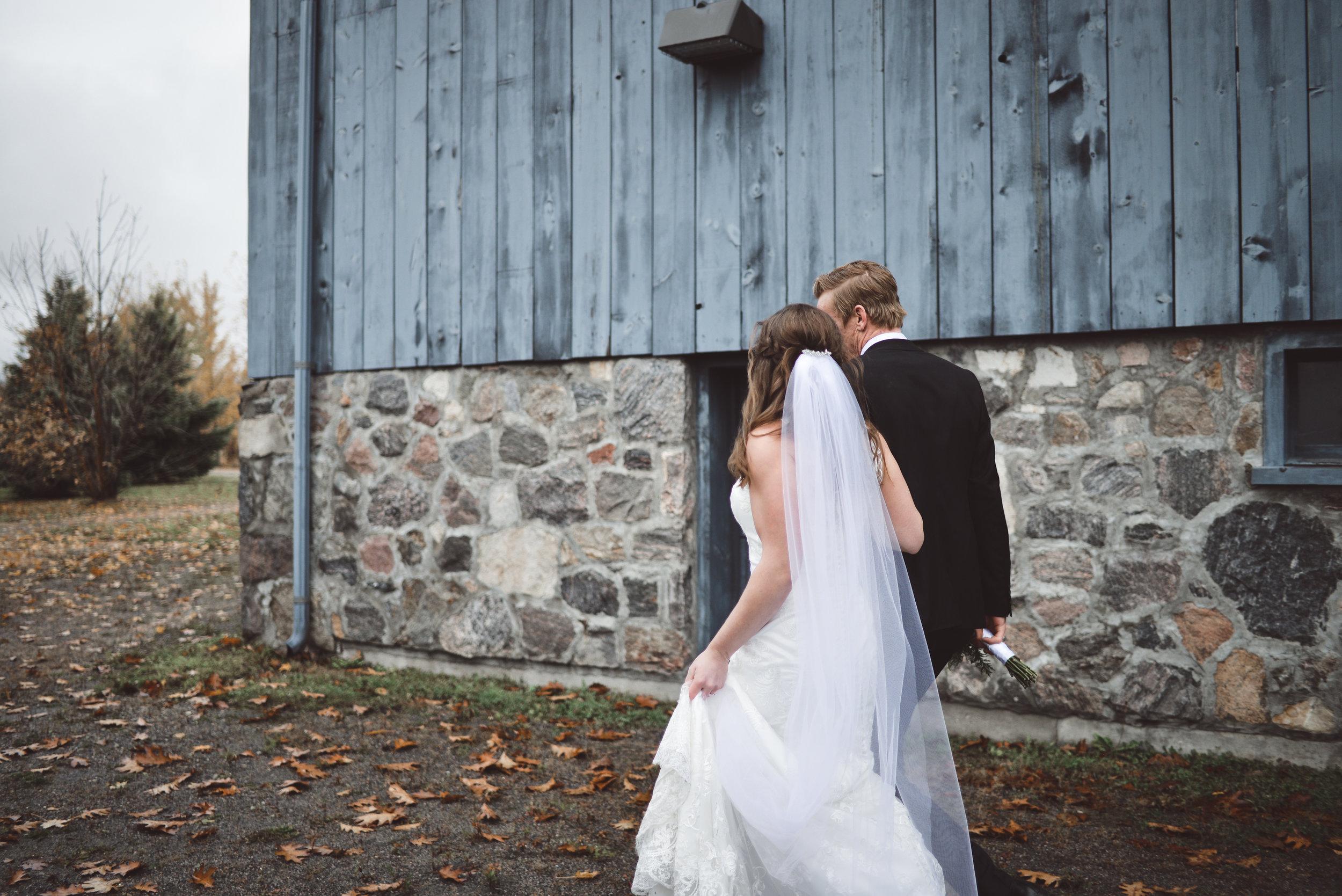 T+S - Bride + Groom-3285.jpg