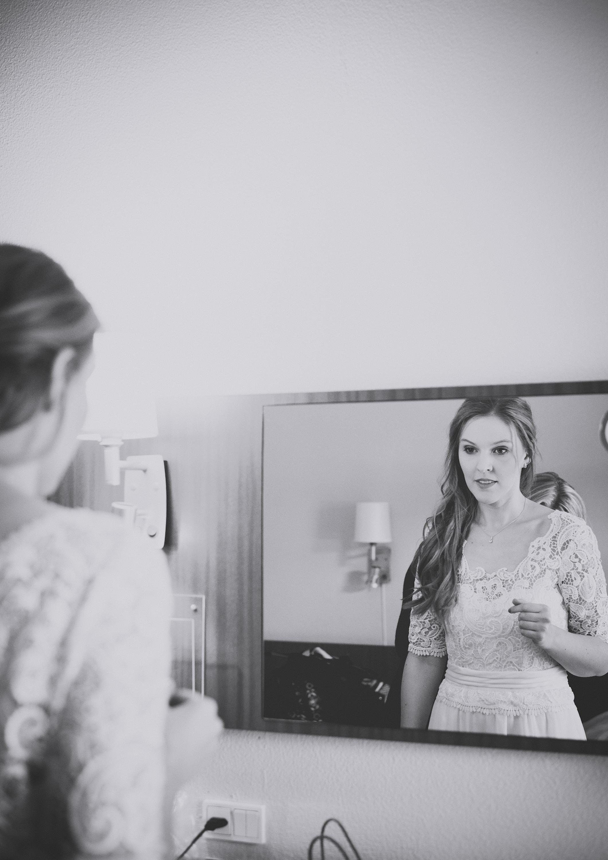 Georgina Ontario Wedding Photographer Denmark Copenhagen Wedding - Getting Ready-109.jpg