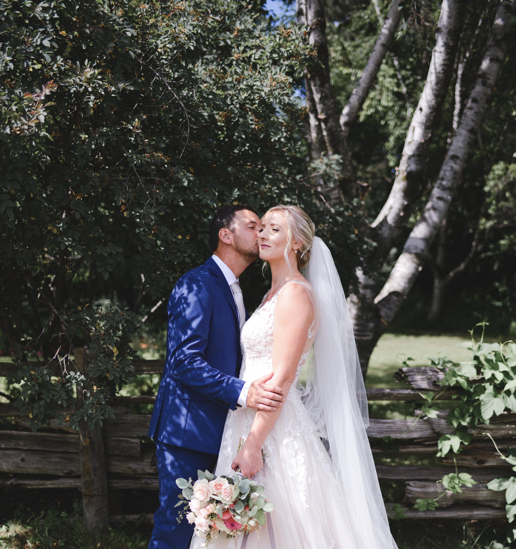 black creek pioneer village wedding photographer (20).jpg