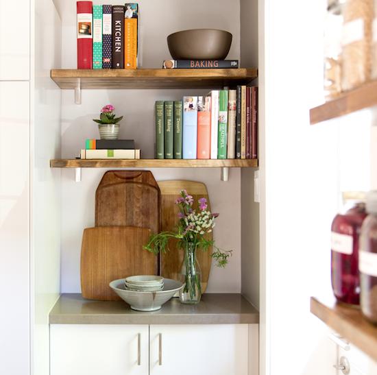 modern-kitchen-vignette (1).png
