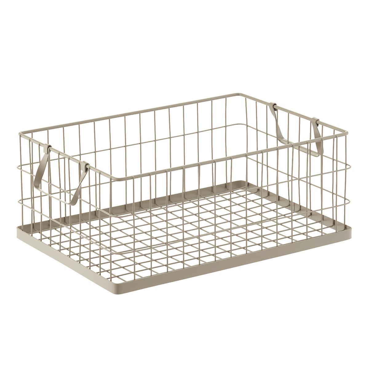 large wire basket.jpg