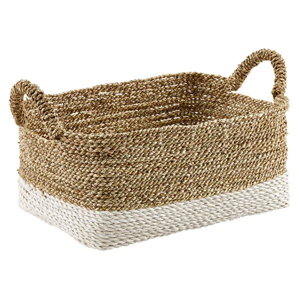 beach basket.jpg