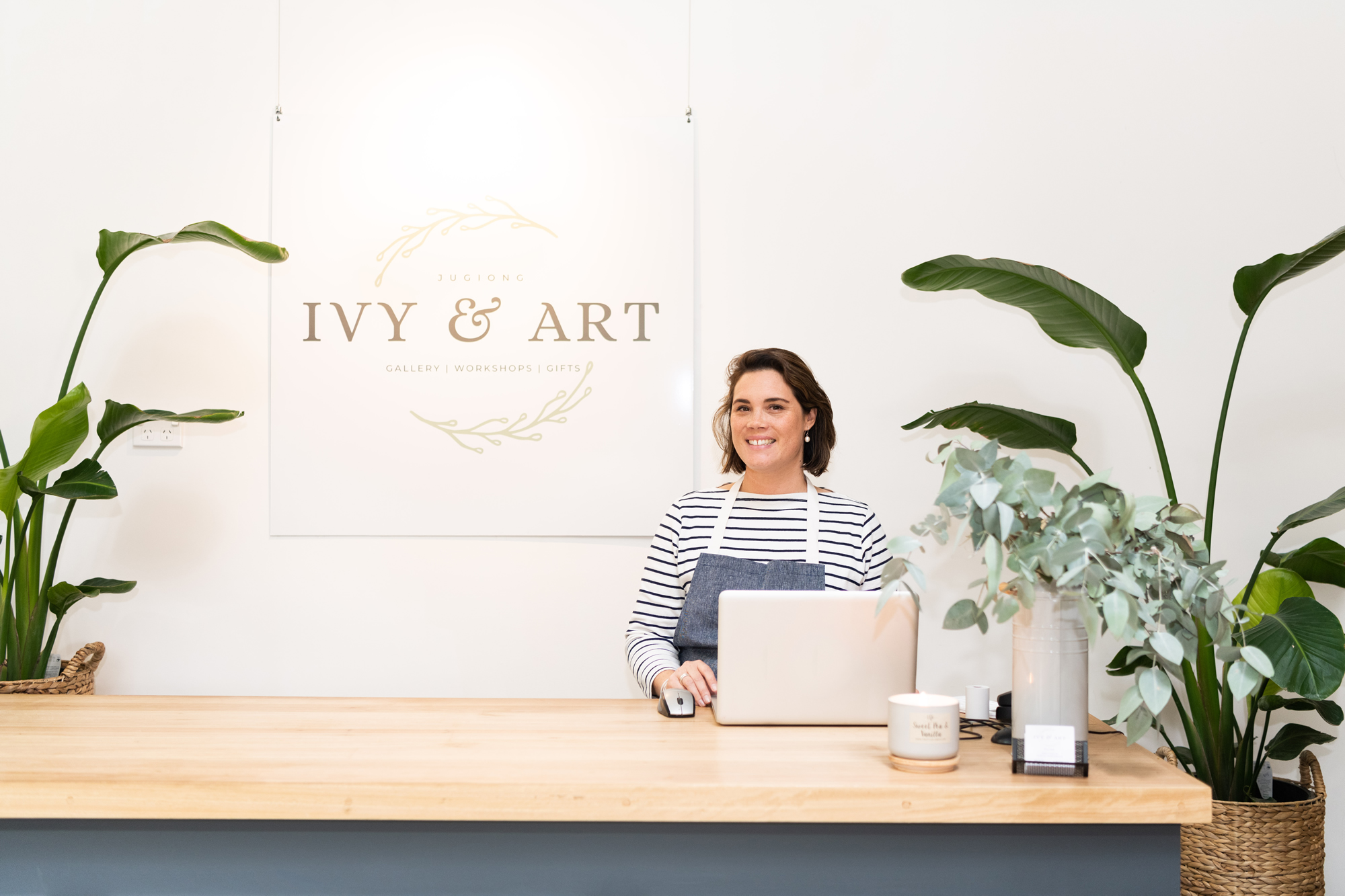 amy-counter-ivy-and-art-store-jugiong.jpg