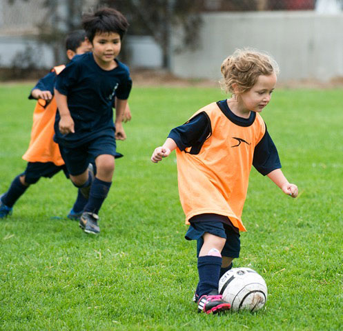 Lil' Spurs - It's all about establishing a love of the game. Lil' Spurs is a ground-breaking introduction to soccer for children ages 2.5 - 5 years.