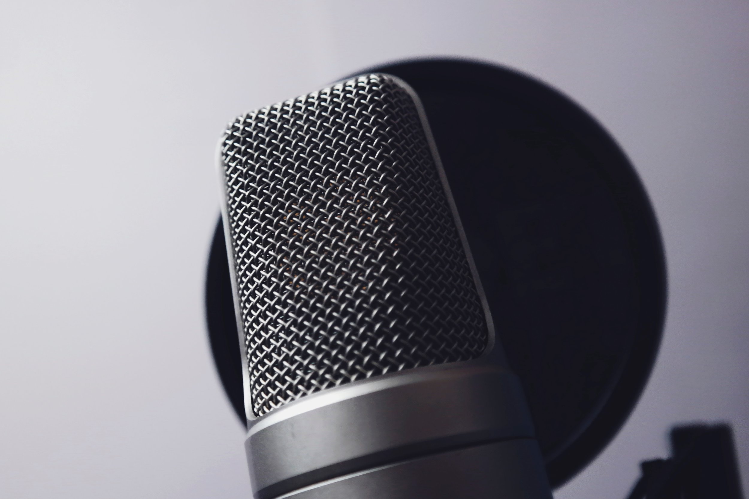 Make sure to place your pop filter in between you and the microphone!  Photo by  revac film's&photography  from  Pexels