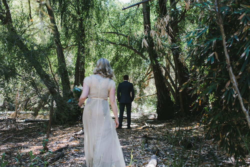 melissa_mills_photography_new_zealand_wedding_photographer_backyard_wedding014.jpg