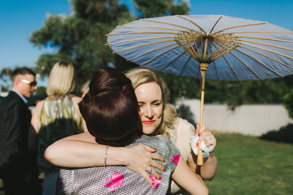 melissa_mills_photography_new_zealand_wedding_photographer_backyard_wedding025.jpg