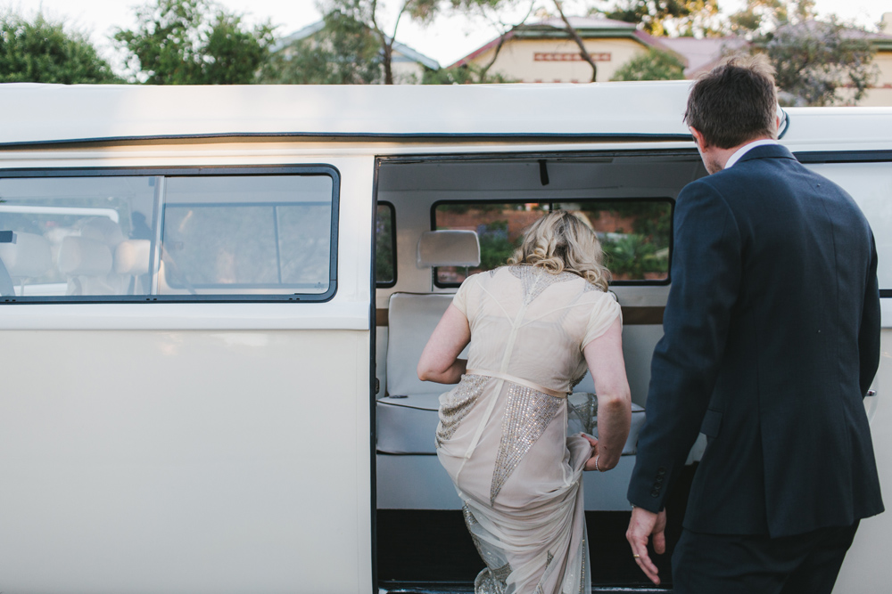 melissa_mills_photography_new_zealand_wedding_photographer_backyard_wedding034.jpg