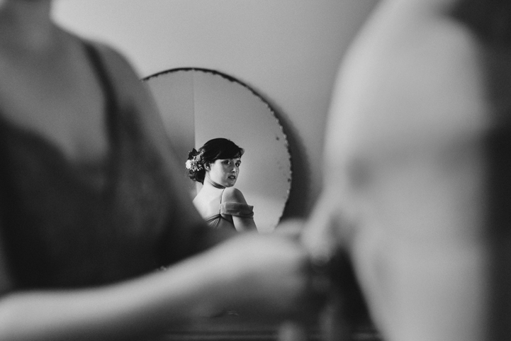 015-bride-groom-getting-ready-melissa-mills-photography.jpg