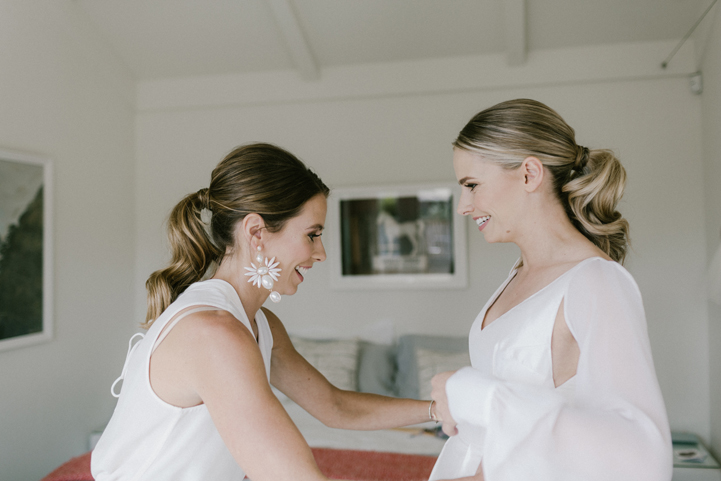 033-bride-groom-getting-ready-melissa-mills-photography.jpg