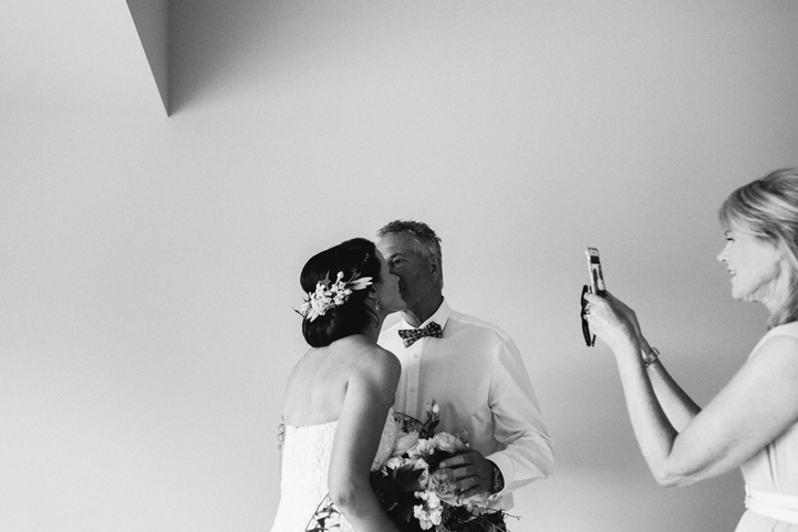 055-bride-groom-getting-ready-melissa-mills-photography.jpg