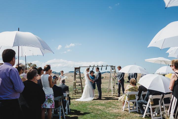 029-melissa_mills_photography_farm_wedding_new_zealand.jpg