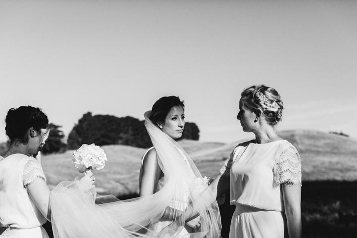 052-melissa_mills_photography_farm_wedding_new_zealand.jpg