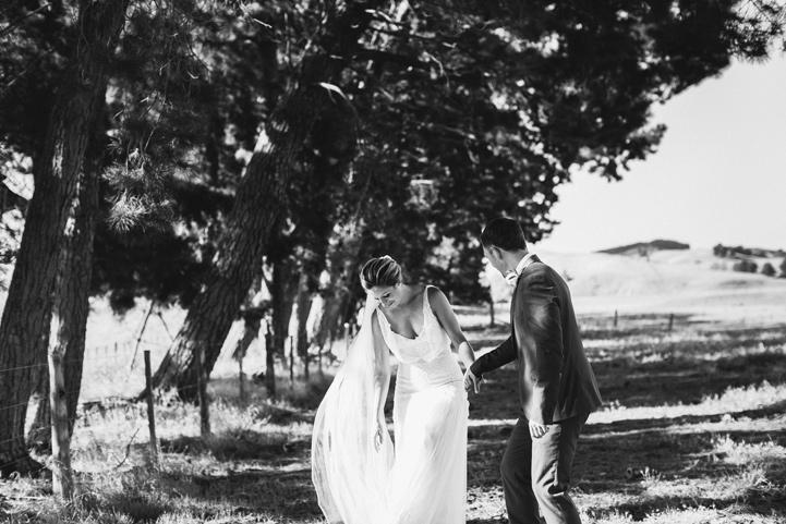 054-melissa_mills_photography_farm_wedding_new_zealand.jpg