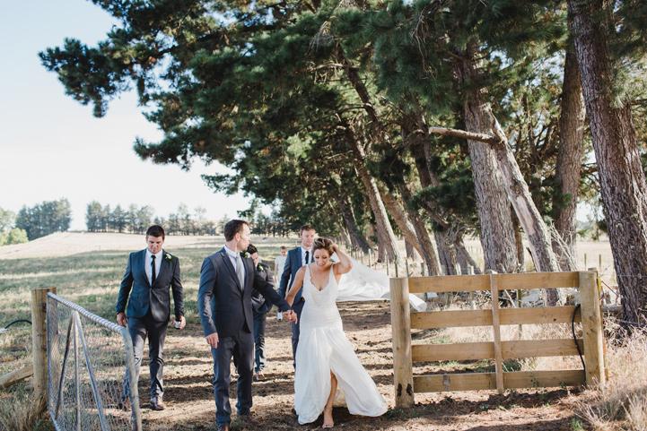 056-melissa_mills_photography_farm_wedding_new_zealand.jpg