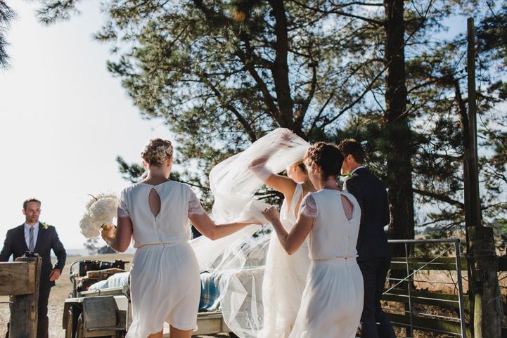 058-melissa_mills_photography_farm_wedding_new_zealand.jpg