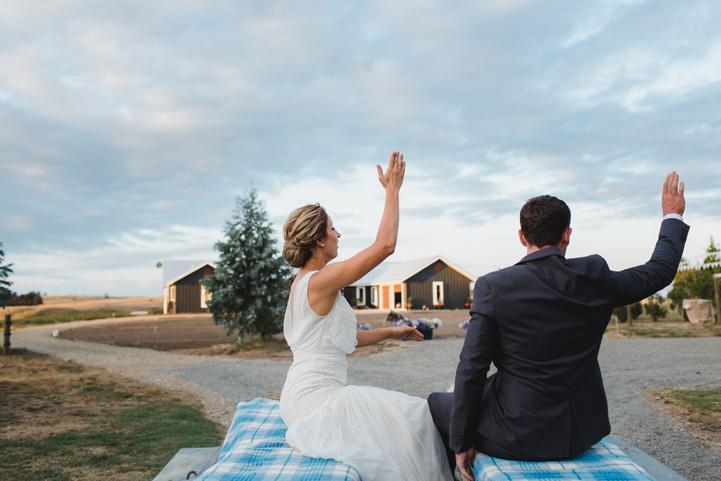 073-melissa_mills_photography_farm_wedding_new_zealand.jpg