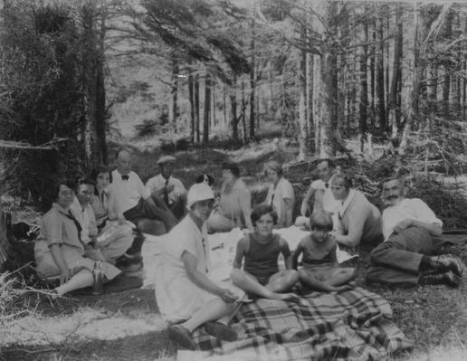 Picnicking in Fortune, ca. 1928