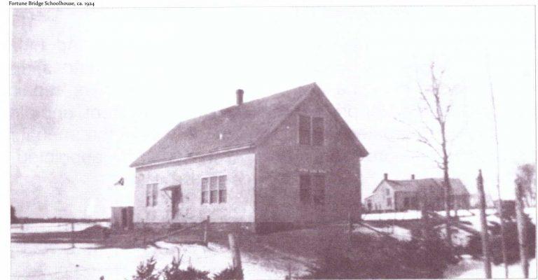 Fortune Bridge Schoolhouse, ca. 1924.