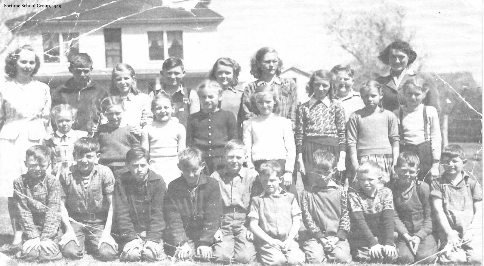 Fortune Bridge School Group, 1949.
