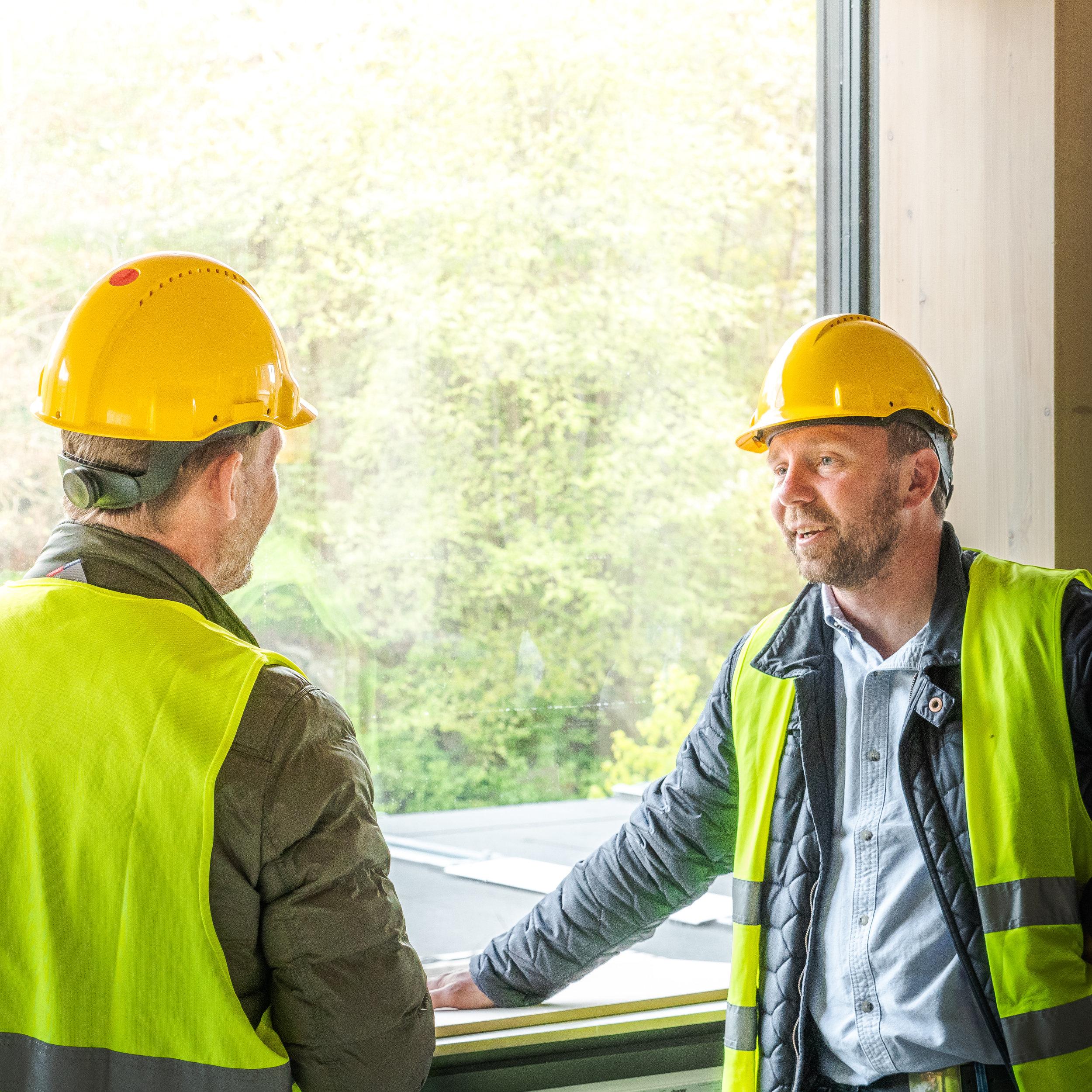 VÅRT LÖFTE   Vi garanterar trygghet genom ömsesidigt förtroende mellan oss och våra kunder, leverantörer och samarbetspartners.