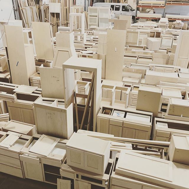 Who's 🏡 is next? #cabinetry #customcabinetry #omaha #volume