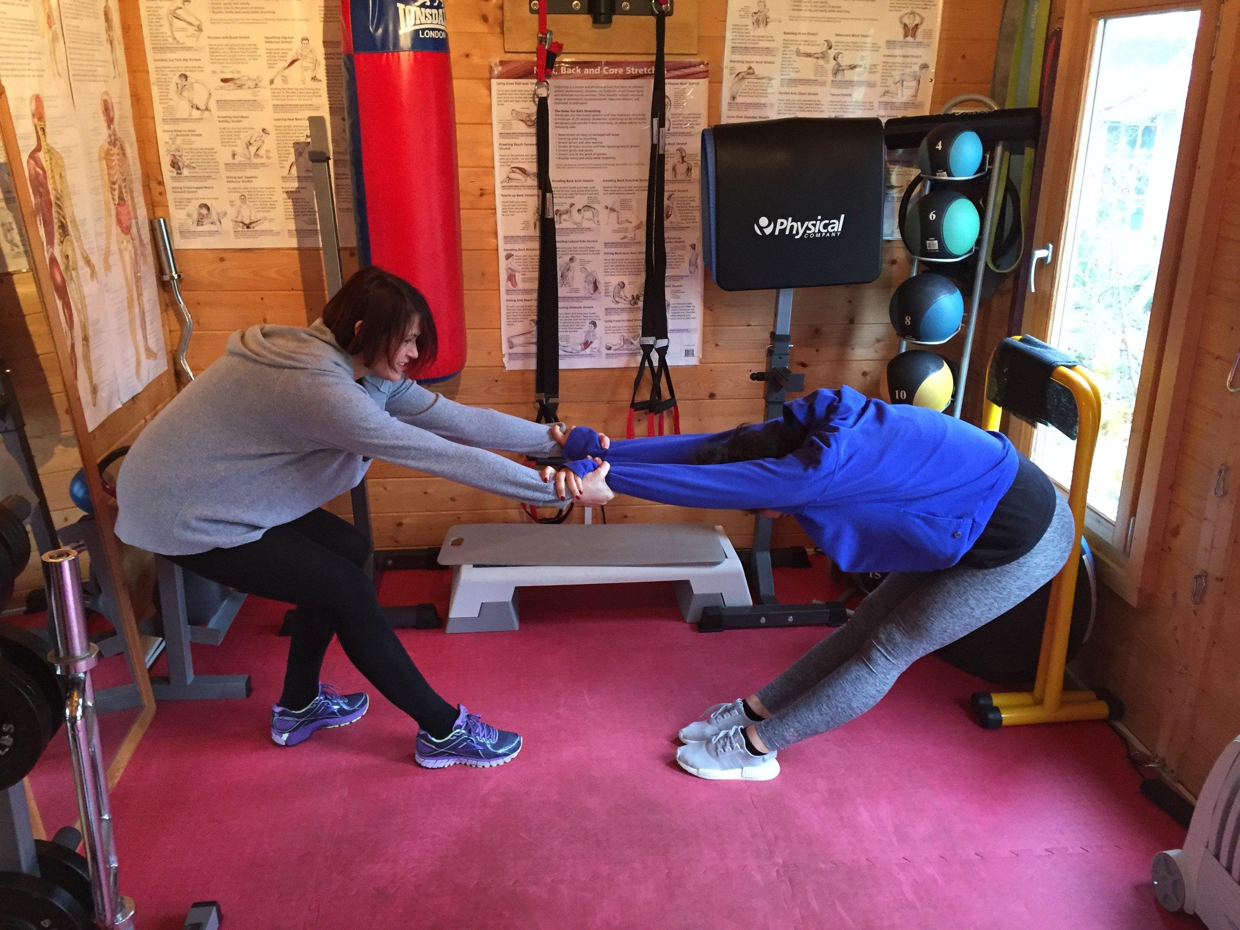 Personal Trainer Woking Stretching1.jpg