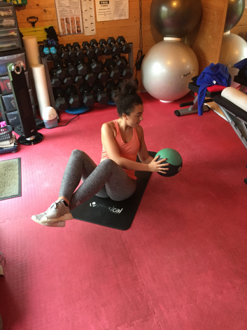 Core Training female personal trainer woking 2.jpg