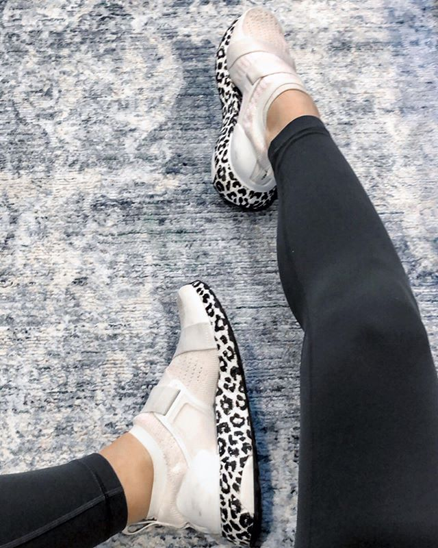 I don't think I've worn a single other pair of running shoes since I got these! Screenshot for the shoes and the best buttery leggings! http://liketk.it/2BFtM #liketkit @liketoknow.it