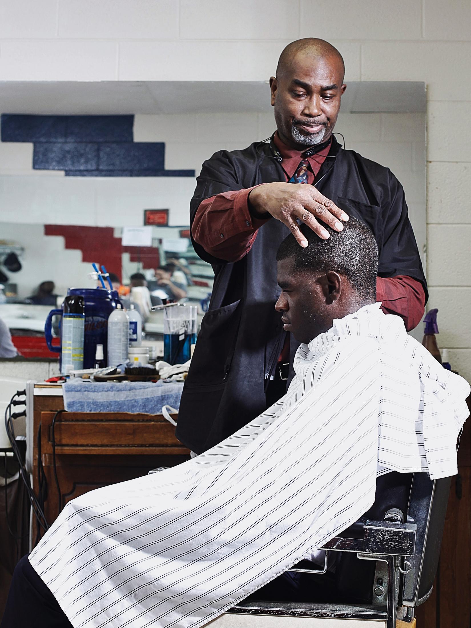 shane_deruise_rod_barber_3.jpg
