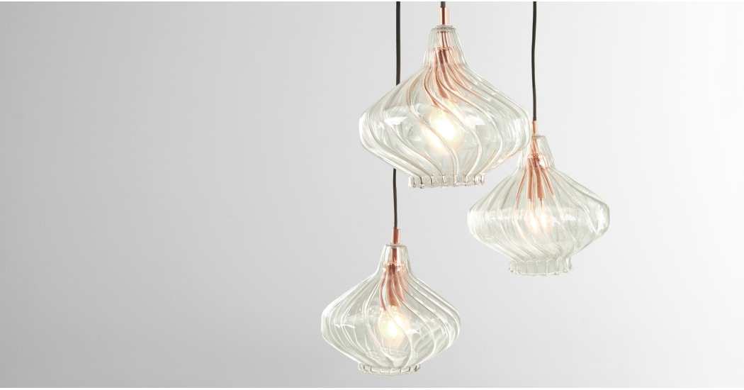 7afc406c37b8ce93135fe8e5e33f9c3758e3feb4_CLPKAL004ZCO_UK_Kaleido_Cluster_Pendant_Light_Smoke_Grey_Glass_and_Copper_LB01.jpg